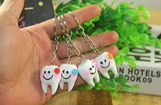 Airgoesin 20pcs Keychain Key Ring Hang Tooth Shape